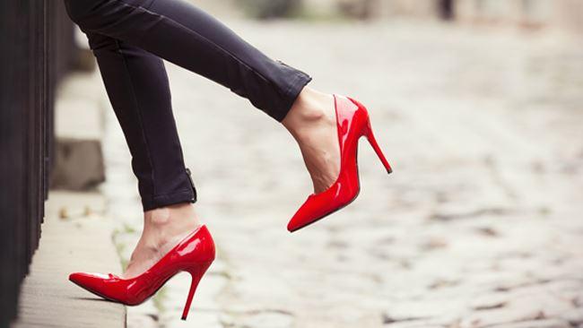 scarpe rosse 2018