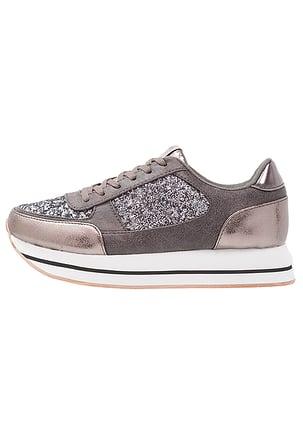 sneakers scarpe 2018